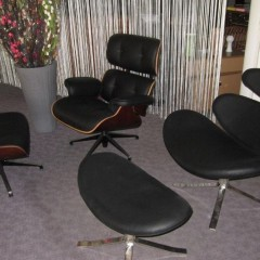 Charles Eames Lounge Chair (Replik) Poul Volther Corona Chair (Replik)