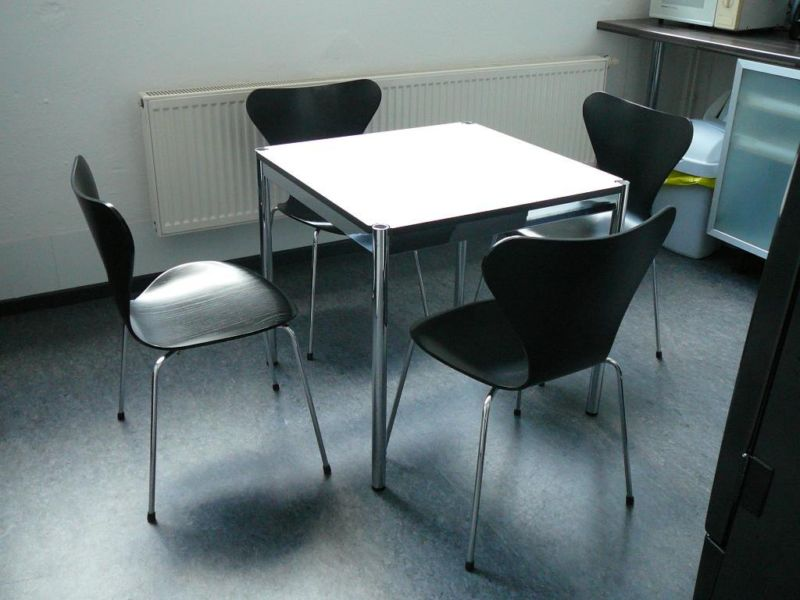 Fritz Hansen Serie 7 Stuhl gebraucht
