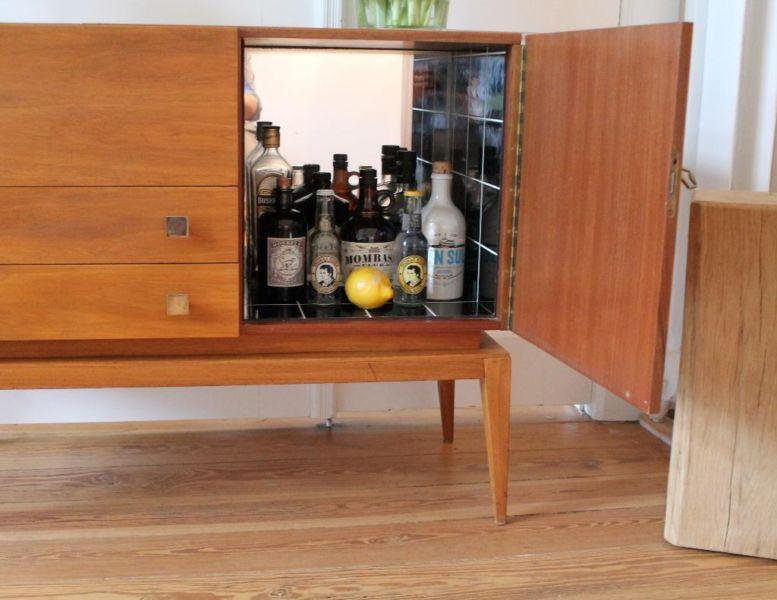 Spiegelbild leckeres gin sideboard ebay kleinanzeigen for Sideboard 40er