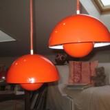 Zwei Verner Panton Louis Poulsen Flowerpots Pendelleuchten Lampen orange 60er
