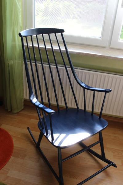 Grandessa Schaukelstuhl aus Holz dunkelblau von Lena Larsson für Nesto, 1950er