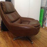 Brauner Vintage-Ledersessel Lounge Egg Chair 60er 70er