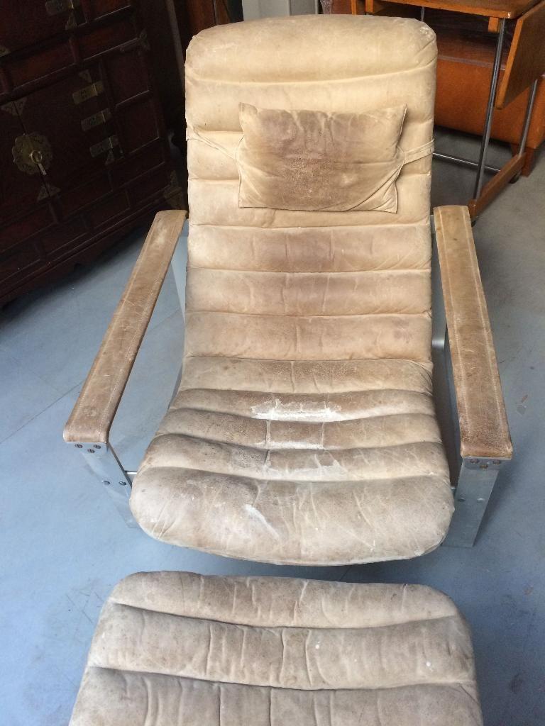 Vintage Designklassiker gebraucht kaufen Ilmari Lappalainen Pulkka Asko Lounge Chair mit Ottoman